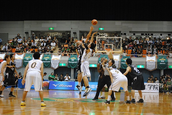 20111015_toyota_vs_linktochigi001