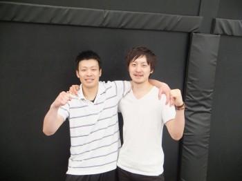 佐藤文哉(左)、中村和貴(右)